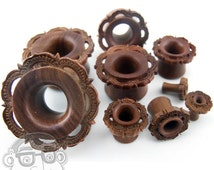 Ornamental Wood Tunnel Plugs (6G - 28mm) - Sold in Pairs - New!