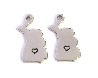 2x Silver Plated Michigan State Charms w/ Hearts - M070/H-MI
