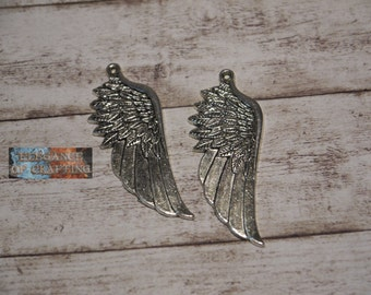 Charm Antique Silver Wing 2 Pieces