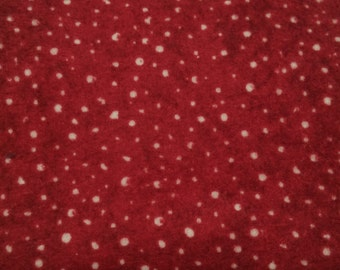 Moda - FQ - Here Comes Santa - Snowflakes on Red Flannel