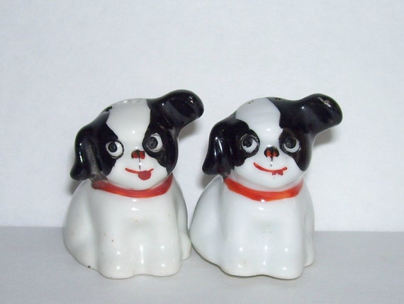 Vintage Black White Pudgy Little Dog Salt And Pepper Shakers