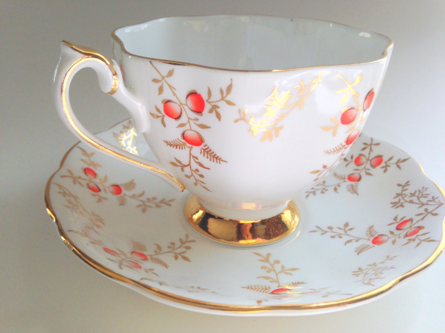 queen anne tea cup and saucer english tea set teacup and. Black Bedroom Furniture Sets. Home Design Ideas