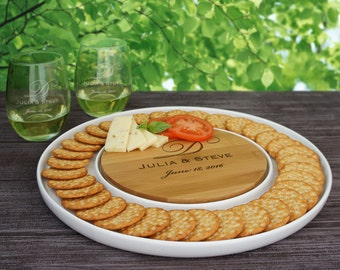 "Couple's Monogram Personalized Bamboo Cutting Board & Ceramic Serving Platter Combo (13"" Diameter)"