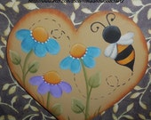 Hand Painted Heart with Daisies and Bumblebee, Antique White, Blue and Purple, Heart Magnet, Summer Fun, Gift, Small remembrance,Mothers Day