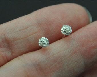 Tiny Rose Stud, 925 Sterling Silver rose Stud Earrings, Rose cartilage stud - Tiny rose Studs - flower post earring