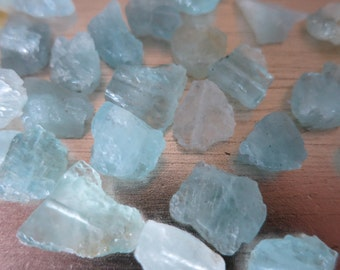 Aquamarine Beads Raw Chisled Beads Gemstones 6 -10 MM // 6 Pieces