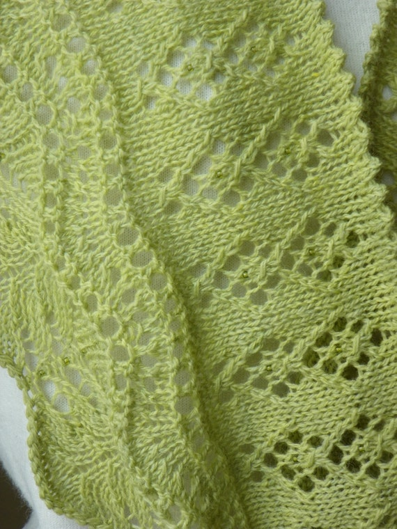 Knit Lace Cowl Pattern : Knitting Pattern for Lace and Beaded Cowl