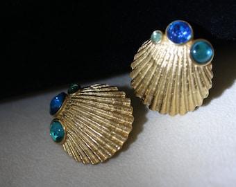 Wonderful vintage Crown Trifari Aqua Seashell Earrings