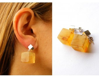 Amber Juwelry / Baltic Amber Stone Earrings/ Baltic Amber Earrings In Handmade /