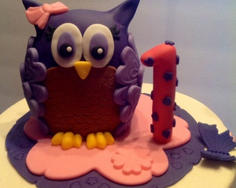 Owl fondant cake topper with number