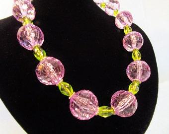 Lavender Green Necklace Set.