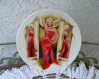 Vintage Marilyn Monroe Plate How To Marry A Millionaire Collectible Plate Marilyn Red Dress  1991 Limited Edition Numbered Plate