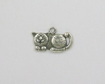 Sterling Silver Cheshire Cat Charm - dc60