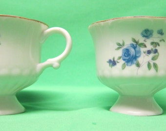 Made in Japan Cups (2) Blue Rose Pattern
