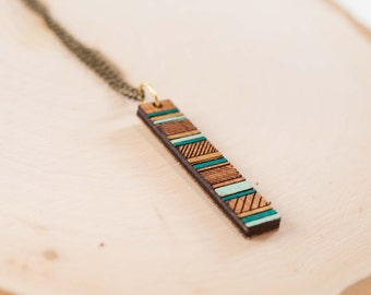 Sea-Inspired Minimal Necklace | Geometric Painted Necklace
