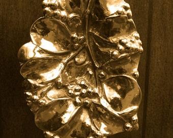 Vintage Virginia Metalcrafters_Mistletoe Leaf_1956_Solid Brass Leaf Dish_13oz Brass Art_Brass Mistletoe Leaf Dish