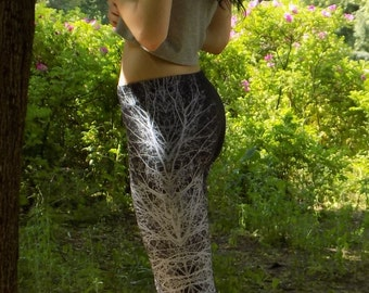 Printed leggings / Black Leggings with a Tree Branch Graphic Design / Stretchy Leggings / Woman Low Waist Leggings