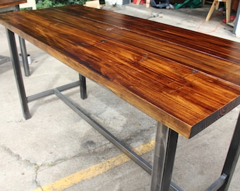 Counter/Bar Height Standing Table