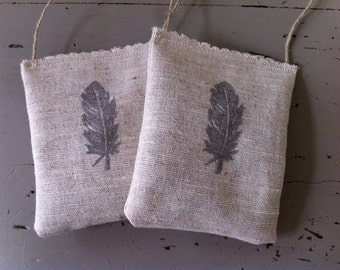 Lavender closet freshener sachets made of French linen ** Made in France **