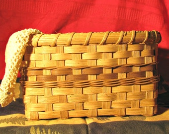 Organizer Basket for Houseguest Bathroom, Hand Woven Basket for Birthday Gift, Back Seat Tote for Auto Storage, for Rustic Decor