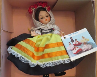 Madame Alexander Doll, Greece #565