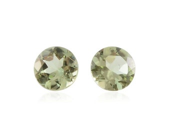 Hebei Peridot Loose Gemstones Set of 2 Round 4mm TGW 0.42 cts.
