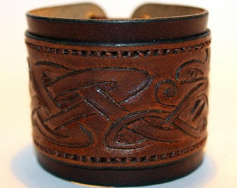 Brown Leather Cuff Bracelet! Nice gift for women! Nice gift for men! Great handmade leather bracelet! Bracelet with Celtic ornament!