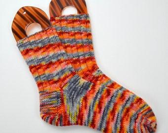 hand knitted wool socks, UK 6-6,5 US 7,5-8