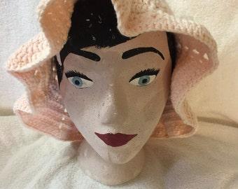 Women's peach crocheted 100% cotton summer sun hat with flower