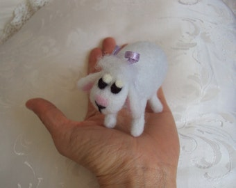 ooak needle felted sheep miniature, hand made in pure wool, easter,collectible