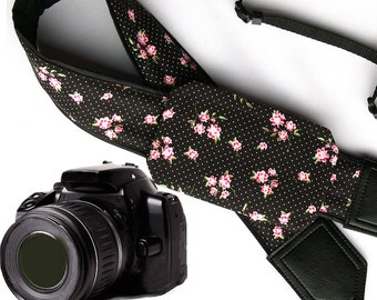 Flowers Camera strap. Camera strap with pocket. Polka dot camera strap.  DSLR / SLR Camera Strap. Camera accessories.