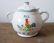 Vintage French garlic container, French ail container, vintage French kitchen decor