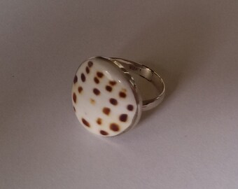 Handmade Solid 925 Sterling silver and cone shell ring adjustable.