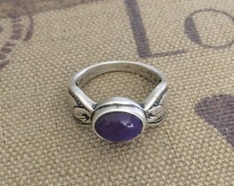 Size 9 Sterling Silver Purple Chalcedony Ring 6.4 Grams