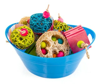 Bucket of Medium Foot Toys - Set of 9 Bird Foot Toys - Parrot Toss Talon Toys