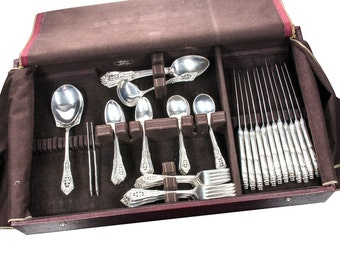 Wallace Rosepoint sterling silver service for 12 with 82 pieces