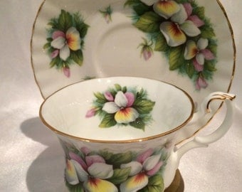 English Bone China Tea Cups - Service for Two