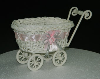 Baby shower decoration basket vintage baby carriage shower for Baby carriage decoration