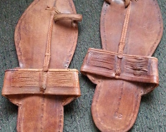 Vintage Hippie 1960s Indian Thong Sandal Flip Flop Shoe