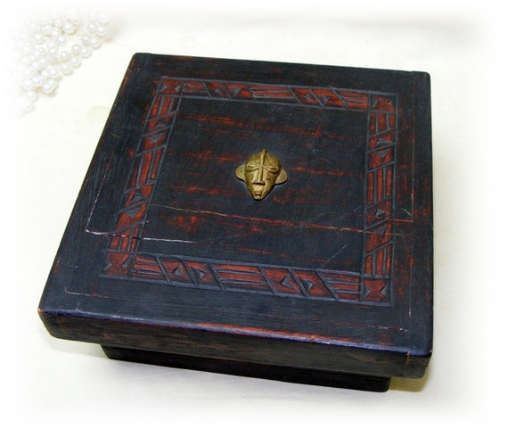 ANTIQUE WOODEN BOX . . Great Investment . . Very Old!