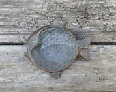 French vintage bronze fish, pagan altar offering dish, western quarter offering bowl, Pisces bronze bowl, zodiac symbol, wiccan altar decor,