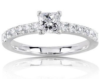 Diamond Engagement Ring 3/5 Carat (ctw) in 14K White Gold