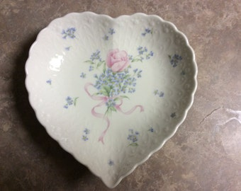 """Pretty Mikasa Heart Shape Dish, """"Always and Forever""""."""