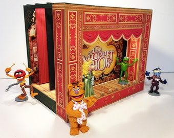 Make your own paper theater based on the Muppets
