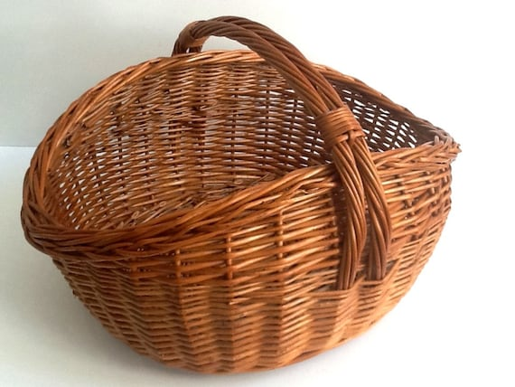How To Weave A Basket Out Of Twigs : Vintage wicker gathering basket woven twig