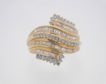 1.00 Carat Total Weight Round & Baguette Cut Diamond Ring Yellow Gold