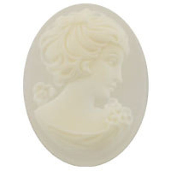 18x13mm German Cameo - Crystal Frosted (12pcs)
