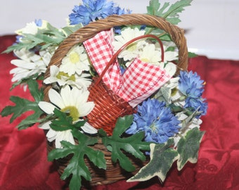 Vintage Floral Arrangement Basket, Wicker Basket Centerpiece