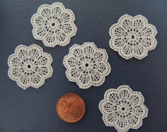 10 Doilies miniature scale 1:12