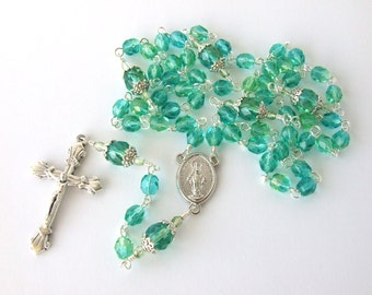 Catholic Rosary Beads - Miraculous Medal Centerpiece - Classic Five Decade Rosary - Green Handmade Rosary - Baptism Gift - Catholic Gift